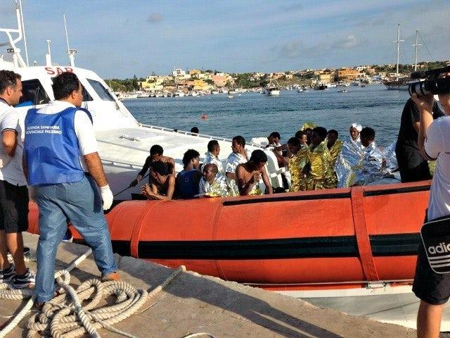 Boat carrying african migrants ap photo 640x480.jpg?ixlib=rails 0.3