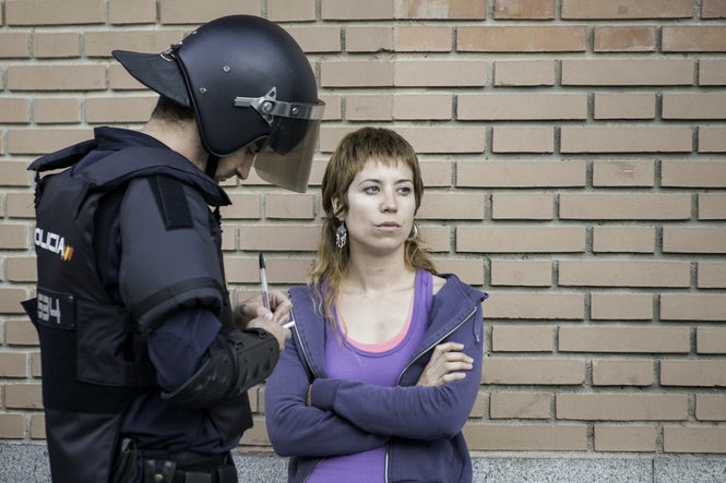 Spanish police say stop forms add legitimacy to arrests and do not take too much time to fill out.  (Image: Adolfo Lujan - Flickr/CC content)