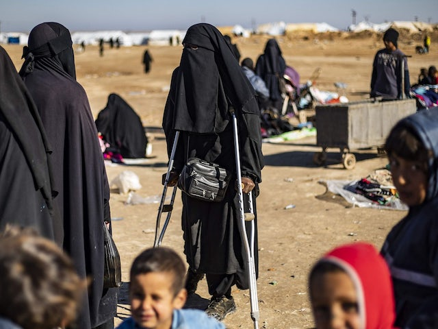 Women in isis camp.jpg?ixlib=rails 0.3