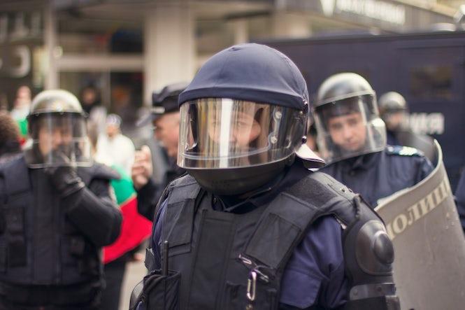 La nueva ley no contempla un tiempo máximo para declarar un estado de emergencia. (Imagen: George Chelebiev)