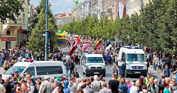 En dépit d'un manque d'appui de la part du gouvernement, les droits LGBT ont fait l'objet d'un bon soutien à l'occasion de l'édition 2016 de l'annuelle Marches des fiertés baltique  (Image: (Image: ww.lgl.lt)