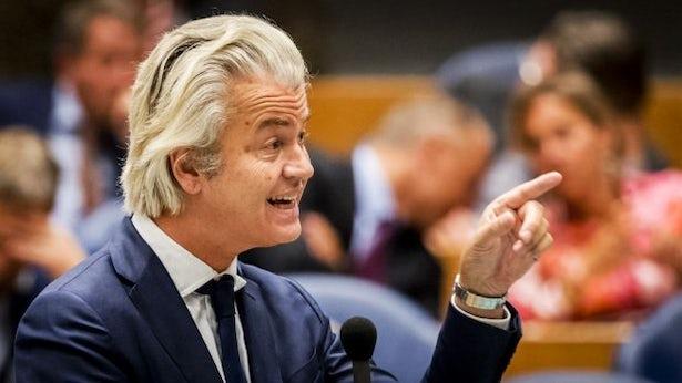 Geert Wilders, président du parti PVV d'extrême droite, estime que l'État devrait pouvoir arrêter des personnes suspectes même quand les preuves sont insuffisantes.