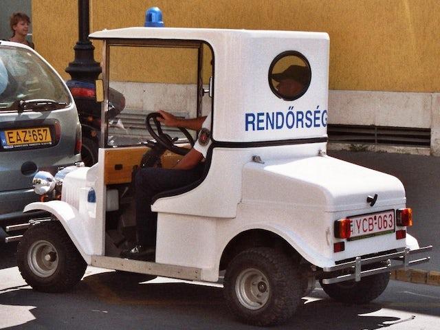 Rend rs g  police  budapest hungary 02.jpg?ixlib=rails 0.3