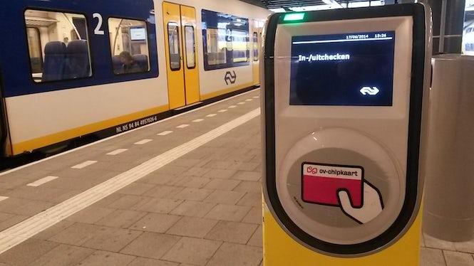 Dutch Railways introduced the OV-chipkaart system in 2014. (Image: NiederlandeNet)